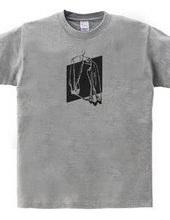 シャツのTシャツ